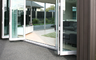 Bifold door Side
